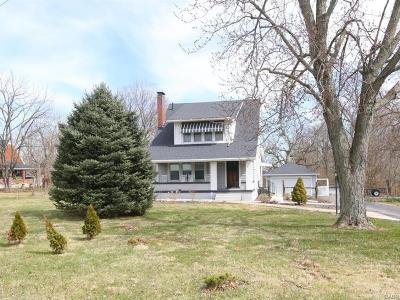 Middletown Single Family Home Active/Pending: 6124 Hamilton Middletown Road