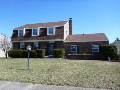 Xenia Single Family Home Active/Pending: 1989 El Camino Drive