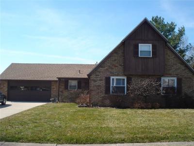 Springfield Single Family Home For Sale: 2733 Seymour Lane