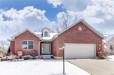 Fairborn Single Family Home Active/Pending: 1707 Swindon Court