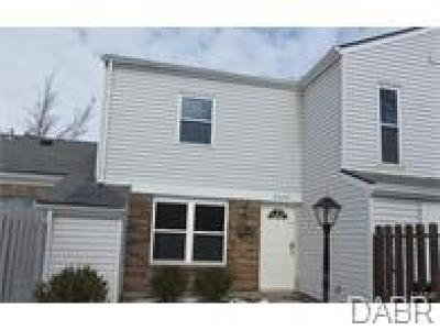 Trotwood Condo/Townhouse For Sale: 5559 Hummock Road