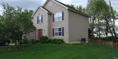 Xenia Single Family Home For Sale: 2348 Harmony Drive