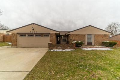 Huber Heights Single Family Home Active/Pending: 5040 Larchview Drive