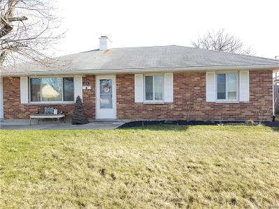 Vandalia Single Family Home Active/Pending: 614 Kirkwood Drive