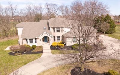 Beavercreek Single Family Home Active/Pending: 2998 Kings Gate Boulevard