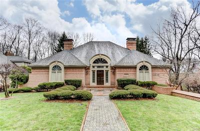 Dayton Single Family Home Active/Pending: 4525 Royal Ridge Way