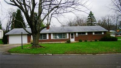 Dayton OH Single Family Home For Sale: $170,000