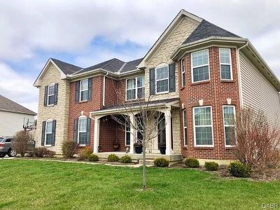 Miamisburg Single Family Home For Sale: 4301 Turtledove Way