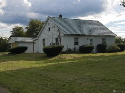 Miamisburg Single Family Home For Sale: 7810 Upper Miamisburg Road