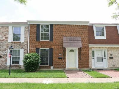 Fairborn Condo/Townhouse For Sale: 1322 Rona Village Boulevard