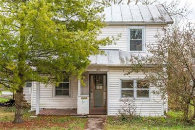 Yellow Springs Vlg OH Single Family Home For Sale: $135,000