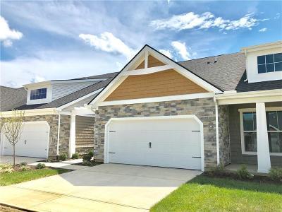 Beavercreek Condo/Townhouse For Sale: 4443 Faith Court