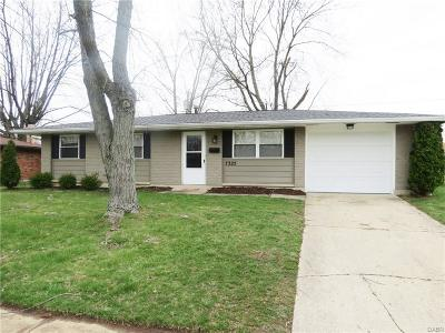 Huber Heights Single Family Home Active/Pending: 7325 Belle Plain Drive