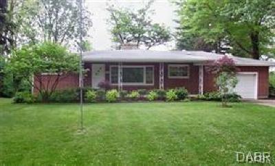 Beavercreek Single Family Home For Sale: 4043 Sunbeam Avenue