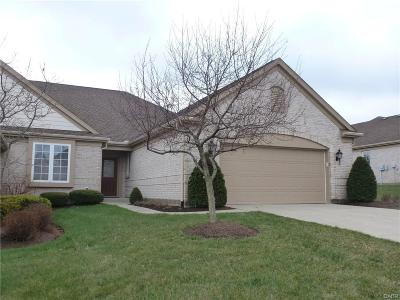 Dayton Single Family Home Active/Pending: 6867 Lorien Woods Drive