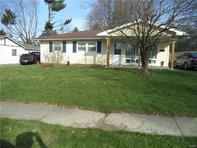 Xenia Single Family Home For Sale: 447 Antrim Road
