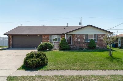Huber Heights Single Family Home Active/Pending: 5618 Camerford Drive