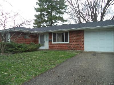 Xenia Single Family Home For Sale: 1406 Chinook Court