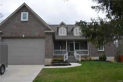 Beavercreek Single Family Home Active/Pending: 3548 Cedarwood Lane