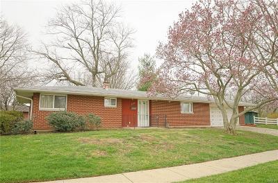 Fairborn Single Family Home For Sale: 1315 Mapleridge Drive