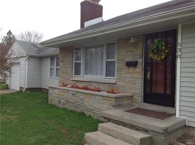 Fairborn Single Family Home For Sale: 530 Lewis Drive