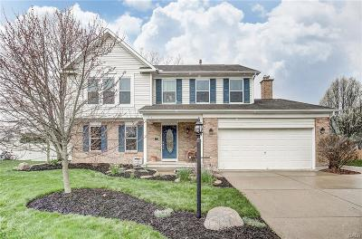 Miamisburg Single Family Home For Sale: 913 Cranbrook Court