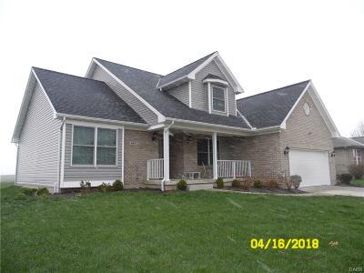 Brookville Single Family Home For Sale: 447 Meadow Glen Avenue