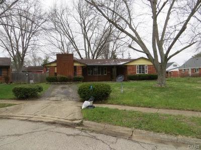 Xenia Single Family Home For Sale: 1540 Crockett Court