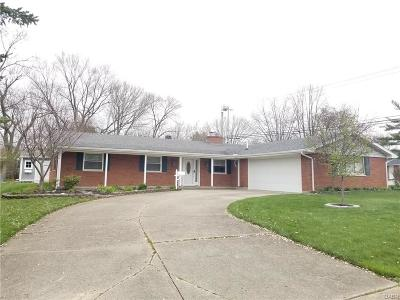 Fairborn Single Family Home For Sale: 1249 Rona Parkway Drive