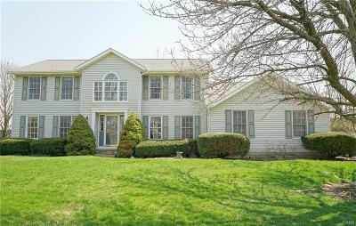 Dayton Single Family Home For Sale: 7280 Mountain Trail