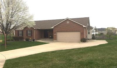 Miamisburg Single Family Home For Sale: 1253 Heather Renee Court
