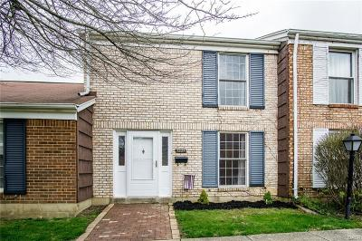 Fairborn Condo/Townhouse For Sale: 1224 Georgetown Court