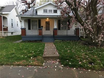 Dayton Single Family Home For Sale: 2115 Rosemont Boulevard
