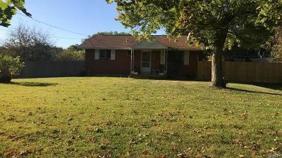 Beavercreek OH Single Family Home For Sale: $125,000