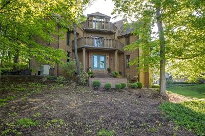 Dayton Single Family Home For Sale: 442 Timberlea Trail