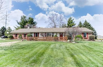 Tipp City Single Family Home Active/Pending: 977 Burnside Drive