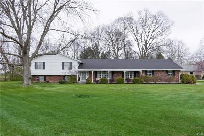 Single Family Home Sold: 404 Beechgrove Dr