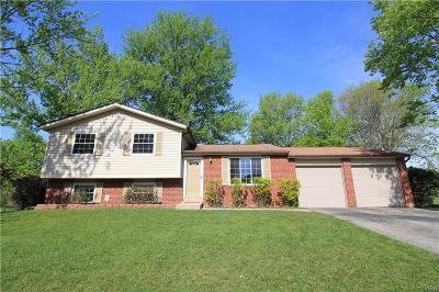 Huber Heights Single Family Home Active/Pending: 4905 Willow Mist Drive