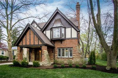 Oakwood Single Family Home For Sale: 335 Dellwood Avenue