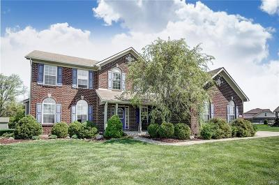 Huber Heights Single Family Home For Sale: 7465 Callamere Farms Drive