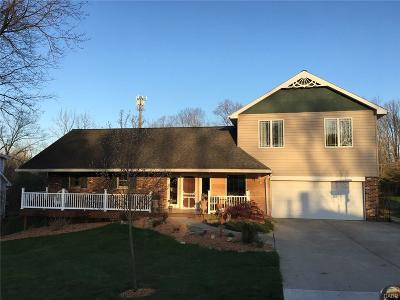 Beavercreek Single Family Home Active/Pending: 2459 Rollingview Avenue