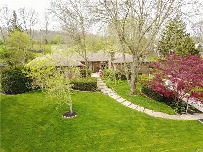Beavercreek Single Family Home Active/Pending: 2831 Southfield Drive