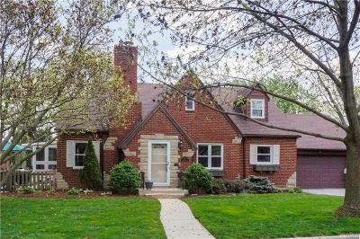 Oakwood Single Family Home Active/Pending: 400 Spirea Drive