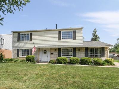 Huber Heights Single Family Home Active/Pending: 6515 Menlo Way