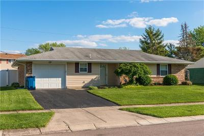 Huber Heights Single Family Home Active/Pending: 7254 Summerdale Drive
