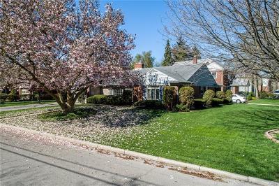 Oakwood Single Family Home Active/Pending: 901 Hathaway Road