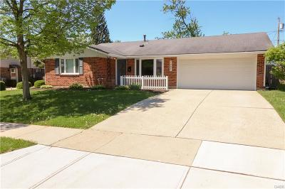Huber Heights Single Family Home Active/Pending: 7287 Claircrest Drive