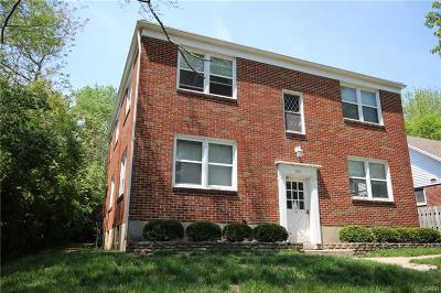 Dayton Multi Family Home Active/Pending: 221 Valleyview Drive