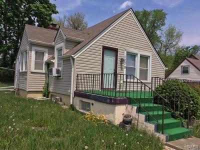 Dayton Single Family Home Active/Pending: 1079 Bertram Avenue
