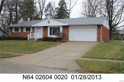 Dayton Single Family Home For Sale: 2917 Coker Drive